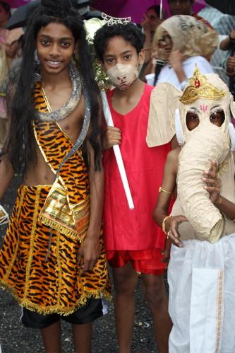 Siva, Hanuman, Ganesa